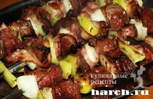 shashlik is pecheni v bekone_6