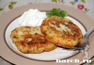 kartofelnie sicheniki s lukom i bekonom 09 Картофельные сиченики с луком и беконом