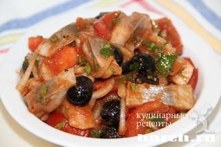 zakuska is seldi s tomatami po ispansky 6 Закуска из сельди с томатами по испански
