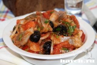 zakuska is seldi s tomatami po ispansky 7 Закуска из сельди с томатами по испански