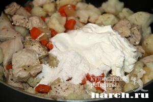 indeyka tushenaya s cvetnoy kapustoy v smetana 4 Индейка, тушеная с цветной капустой в сметане