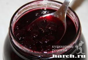 varenie is chernoy smorodini 6 Варенье из черной смородины