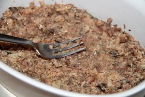 салат с сайры и сухариками рецепт