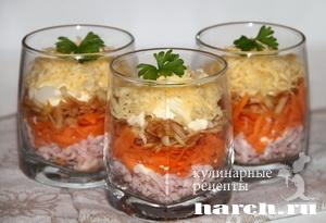 Салат коктейль с колбасой и морковью Максим