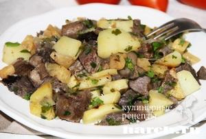 Картофель с сердцем и грибами по старорусски