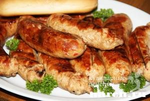 Колбаски из свинины с капустой Софийские