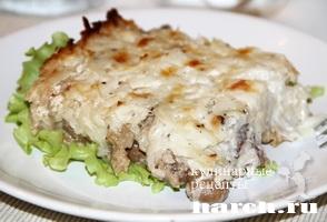 Говядина с грибами под картофельной корочкой