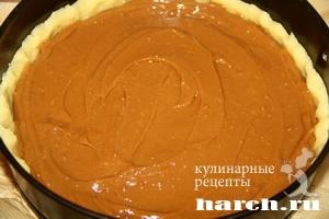 Песочный пирог с вареной сгущенкой с фото