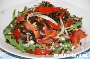 Салат морская капуста с помидорами