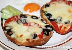 Горячие бутерброды с моцареллой по итальянски