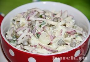 Салат с редисом и горошком Тверской