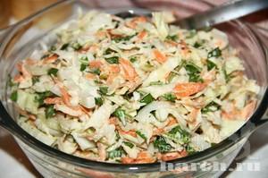 Капустный салат с кинзой Астраханский