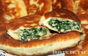 Пирожки с омлетом и зеленым луком