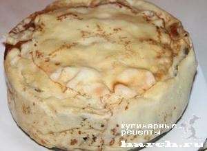 Блинчатый пирог с мясным фаршем, баклажанами и цуккини