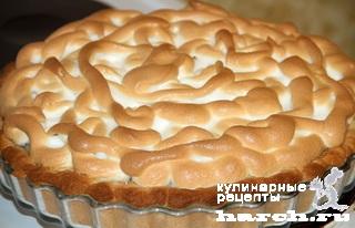 Европейский ягодный пирог с безе
