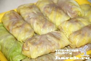 Голубцы с мясом и фасолью в баклажанном соте