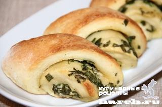 Итальянские хлебцы с зеленью и чесноком