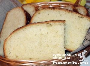 Итальянский хлеб с оливковым маслом и пряными травами