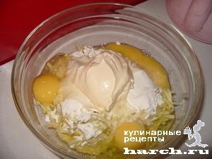 kabachkoviy-tort-s-sirnim-kremom_05