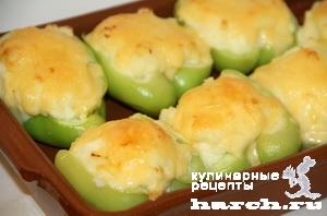 Картофельное пюре, запеченное в перцах