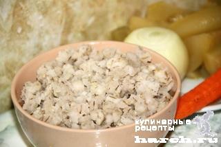 Каша перловая с солеными огурцами