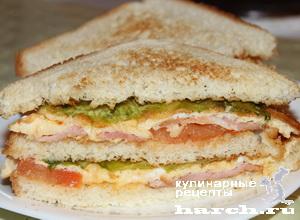 Клаб-сэндвич с омлетом