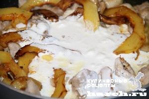 kurica s kabachkami v slivochnom souse 4 Курица с кабачками в сливочном соусе
