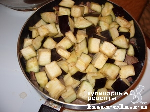 kurinaya pechen tushenaya s baklazhanami v smetane 06 Куриная печень, тушеная с баклажанами в сметане