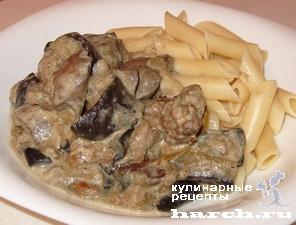 kurinaya pechen tushenaya s baklazhanami v smetane 09 Куриная печень, тушеная с баклажанами в сметане