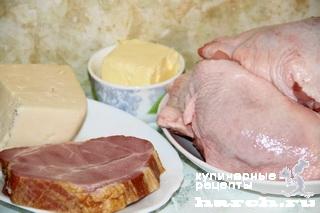 kurinie bedra farshirovanie vetchinoy i sirom 02 Куриные бедра, фаршированные ветчиной и сыром