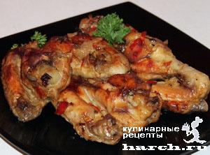 Куриные крылышки в чесночно-луковом маринаде