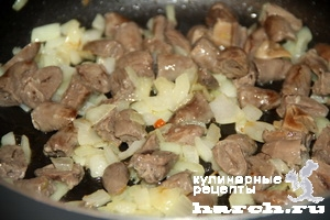 kurinie okorochka farshirovanie serdechkami i gribami 09 Куриные окорочка, фаршированные сердечками и грибами