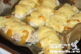 Куриное филе с персиками под сыром