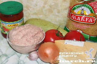 Мясная запеканка с кабачками и вермишелью