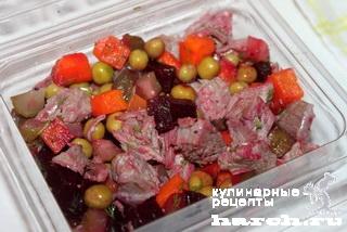 Мясо с винегретом в желе