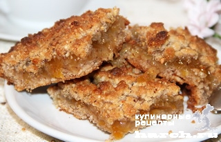 Орехово-песочный пирог с джемом