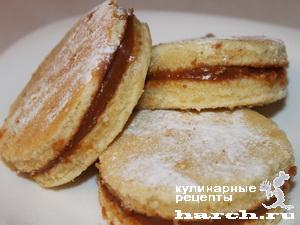 Печенье бисквитное на кислом молоке