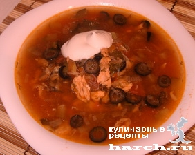 ribnaya-solanka-s-kilkoi-v-tomatnom-souse_16