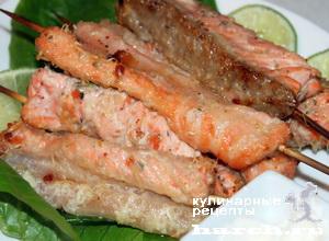 Рыбные шашлычки с пармезаном