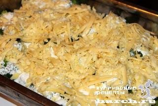 Рыбно-мясные фрикадельки с брокколи под сыром