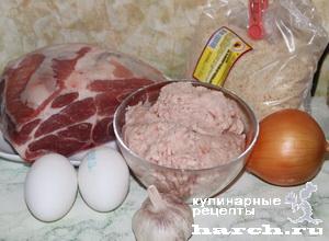 Рулеты из свинины с куриным фаршем