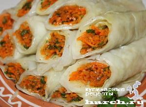 Рулетики из капусты с морковью по-корейски