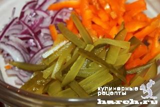 Салат из фасоли с овощами «Зимний»