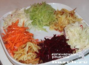 Салат из жареного мяса с овощами