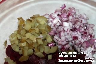 Салат из говяжьей печени со свеклой