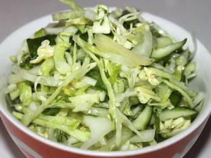 салат белоснежка из капусты и огурцов и яиц