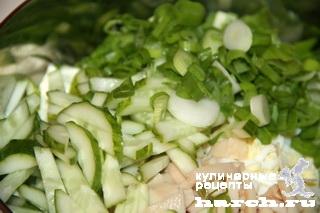 """Салат из консервированных кальмаров с фетой """"Веснянка"""""""