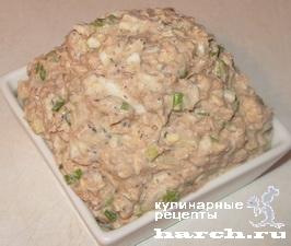 """Салат из консервированной сайры с колбасным сыром """"Бездна"""""""