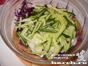 салат из краснокочанной капусты с огурцом