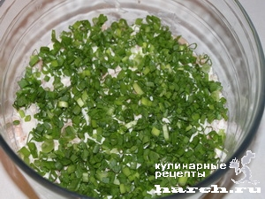 Салат из печени трески с яблоком и грецкими орехами Старая гавань